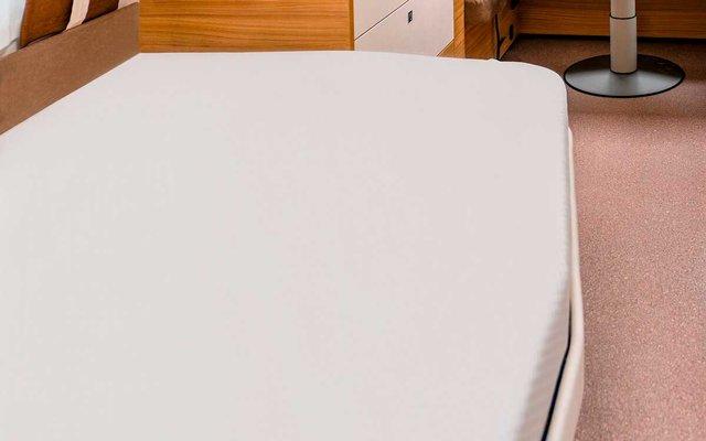 Spannbettlaken für französische Betten silber